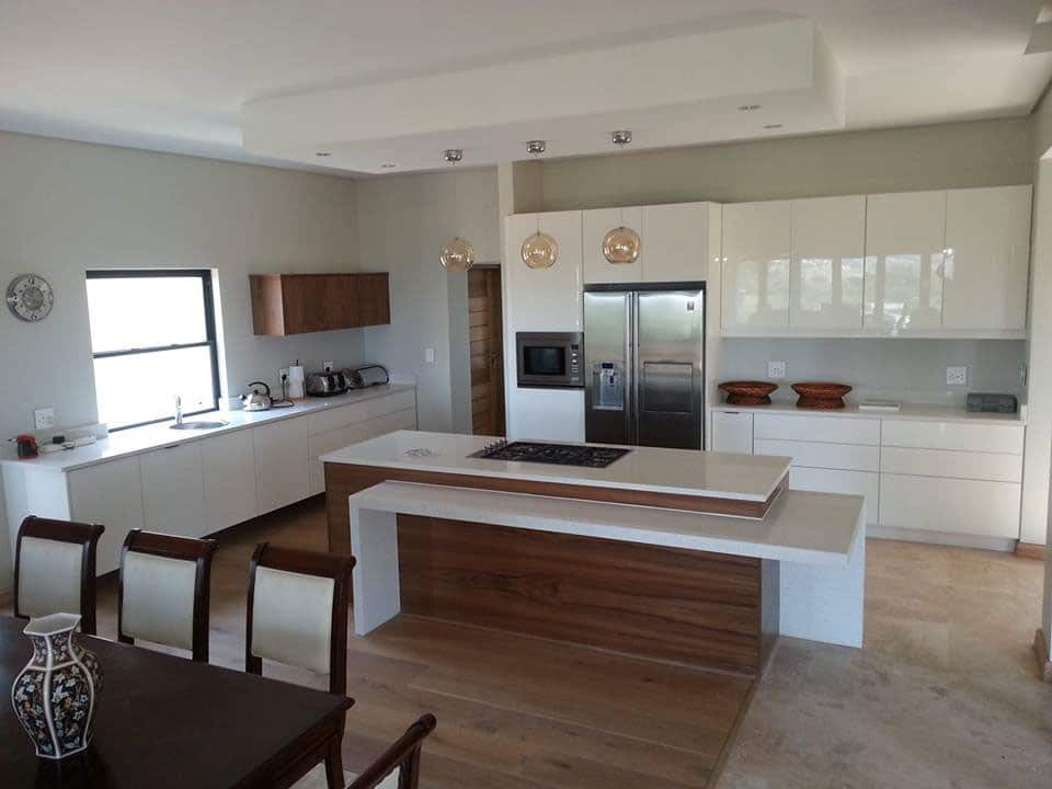 Built in cupboards manufacturers durban pretoria fitted for Kitchen units pretoria