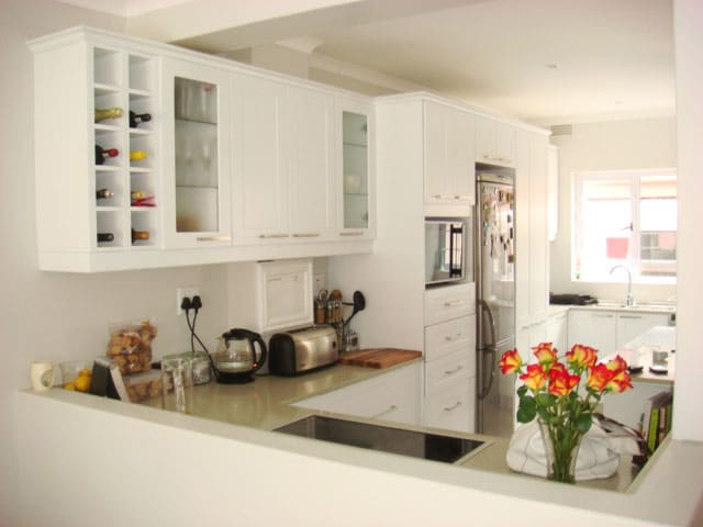 Built in cupboards manufacturers durban pretoria fitted for Kitchen manufacturers durban